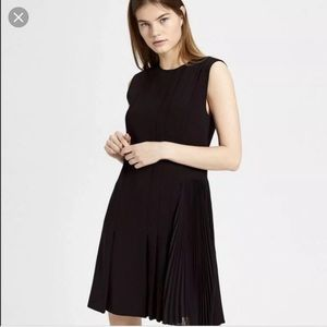 NWT Theory Pleated Day Dress L